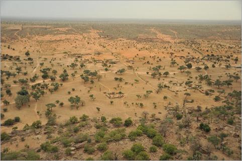 5b. Shows desertification by Dogon people. Timbuktu to Ouagadougou 196