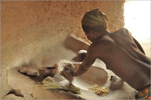 4b Grinding millet, Bimberra Bas, Lower Atlantika