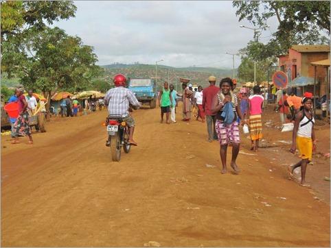 2b. Mbanza Congo street