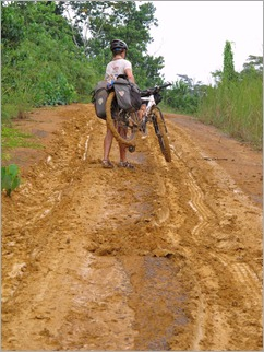 6a. Rains turn the track to clay, after Bakoumba near Gabon - ROC border